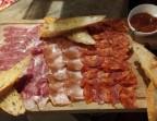 Photo Planche 100% Ibérique AOP (Jambon Bellota étiqueta negra, Chorizo Ibérique, Lomo Grand Réserva, Pain et Tomate Catalane) - Ô BISTROT